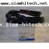 OMRON โฟโต้ สวิทช์ E3X-DA11-N ระยะตรวจจับ 15 M  (สินค้าใหม่)  KGII