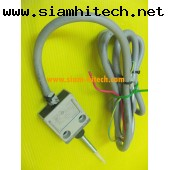 Limit Switch OMRON D4C-1350  สินค้ามือสอง